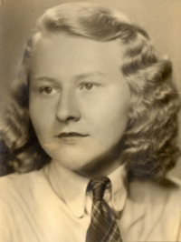 Marie Uchytilová (20. 4. 1944)