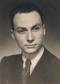 Ing. František Kuča, první manžel akademické sochařky Marie Uchytilové