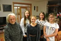 Ludmila Klukanová s žáky z projektu Příběhy našich sousedů