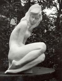 Mládí o výšce 100 cm (r. 1975)