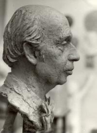 Busta Miroslava Řepy (r. 1978)