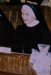 S. M. Brigita Čechová při skládání věčných slibů
