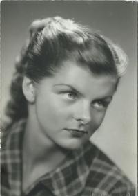 Jaroslava 1949 - maturitní