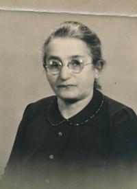 Granny Ledererová