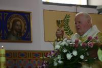 P. František Adamec při slavení mše svaté při příležitosti 60 let kněžství v Římskokatolické farnosti Vacenovice.