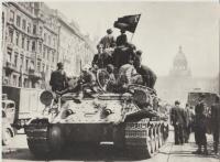 Pražské povstání - Václavské náměstí