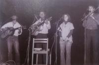 Z koncertu kapely Krůpěj (1982)