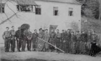 Guerillas Olga in front of Tománkova hájovna