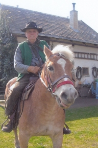 Gustav with his mare (roughly 2005)