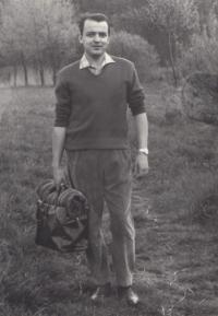 Gustav Cerny (30) on a trip