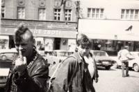 Rok 1987, Klatovy, Václav Žufan (nalevo)