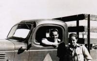 Rudolf Taussig (right) with his best friend in the Libyan desert, 1942