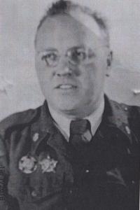 Václav Čeřovský 1945 v Československé uniformě s  vyznamenáními