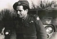 Rudolf Taussig, 1945