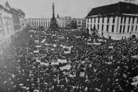 General strike on November 27, 1989 and the Upper square in Olomouc