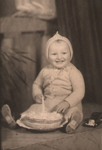 První narozeniny Milana Možného