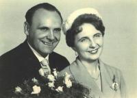 Svatební foto Viléma a Blanky Bufkových z roku 1961