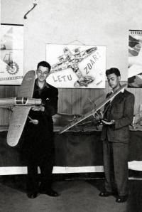 Aviatic exhibition in Prievidza in 1952