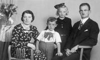 Pamatnikova rodina v roku 1939