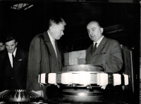 Návštěva předsedy Národního shromáždění Josefa Smrkovského ve Škodových závodech, 5. 12. 1968