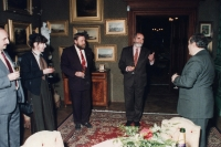 Minister of Culture, Pavel Tigrid, was invited to the Lužany chateau by the Hlávka Foundation, 1990's. (Oldřich Váca, third from the left)