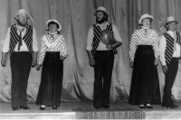 A variety show of Karel Hašler's songs as performed by the theatre group Lužany, 1986 (Oldřich Váca on the left)