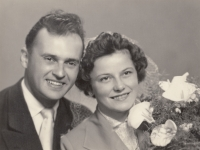 Svatební fotografie z roku 1957