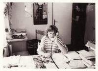 V kanceláři JZD Orion Davle, konec roku 1988