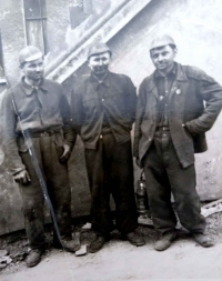Štefan Zamiška (middle), taken in the Gottwald Mine during the service in the military camps of forced labor PTP (Technical Auxiliary Battalion) (1953)