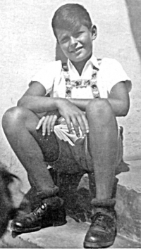 Těsně před zatčením v roce 1944