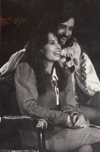 Monika s manželem Pavlem ve hře Večer tříkrálový (roku 1976)