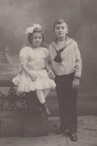 Věra Šolínová a Karel Šolín (rok 1910)