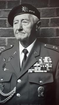 Jan Maria Hronek na srazu válečných veteránů v Anglii