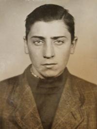 Eduard Pravdík, bratranec pamětnice, oběť