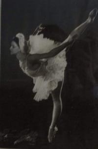 Dagmar Renertová jako baletka