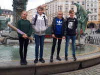 Žáci ZŠ Na Valtické na náměstí v Olomouci