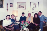 Visiting friends in 1994,  Katharina Dötterl first on the left
