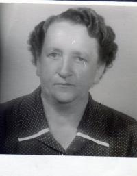 Růžena Glajchová, rozená Černá, maminka pamětnice, ročník 1906