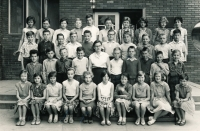Jiří Zajíc (2nd row from the top, on the left) in the 7th grade of elementary school; 1963