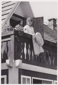 Actress Jana Štěpánková in the film Sons and Daughters of Jakub Sklář