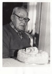 Otec Josef Holeček v devadesáti letech, 80. léta 20. století