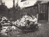 Young Ladislav visiting his aunt in Jeseníky; summer of 1968