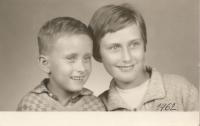 S maminkou, 1962