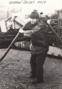 Ladislav during several months he had spent as a volunteer reconstructing coal plants in Northern Bohemia; 1984
