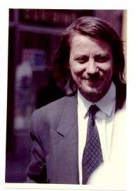 Vtedajší (1990) minister vnútra Ján Langoš v Ružomberku.