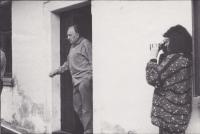 Kateřina Bajzíková právě zachycuje v Dolním Městě chalupáře Sergeje Machonina