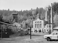Tmavý důl na dobové fotografii