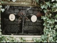 Hrob prarodičů v Bitozevsi