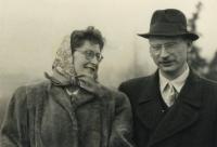 Vlastimil Stehlík a jeho žena, rok neznámý.