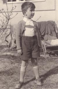 Na jaře 1939 v Radošovicích u Prahy